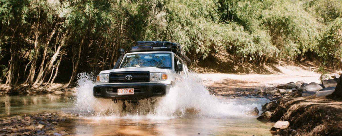 Britz Safari Landcruiser AU Australia Mark Clinton Image Exterior Offroad Water Mud 4WD